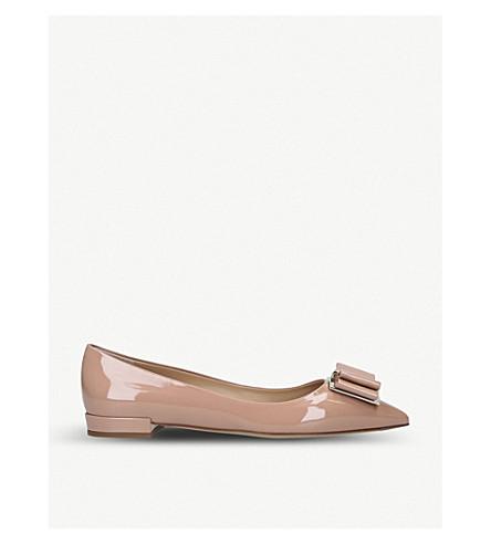 Salvatore Ferragamo Zeri Ballerina Patent Leather Flats In Pale Pink