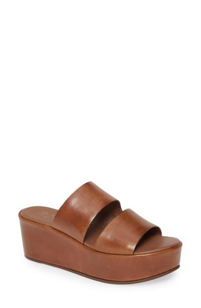 Matisse Struttin' Platform Wedge Slide Sandal In Saddle Leather