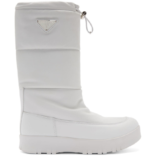 Prada Logo-appliquÉd Quilted Leather Snow Boots In White