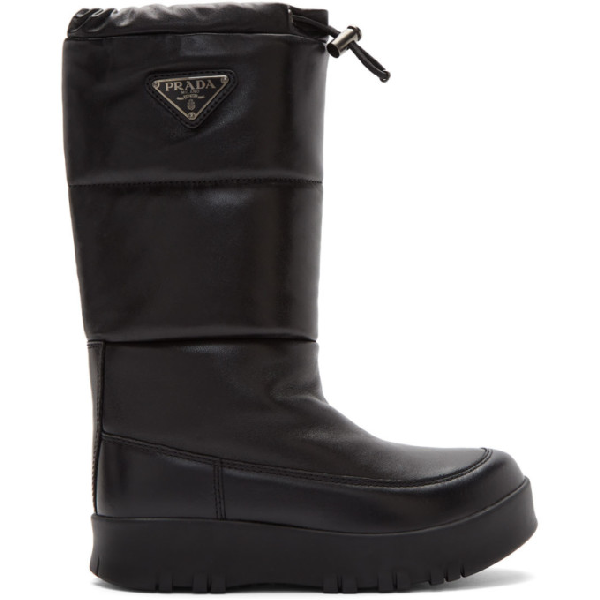 Prada Logo-appliquÉd Quilted Leather Snow Boots In Black
