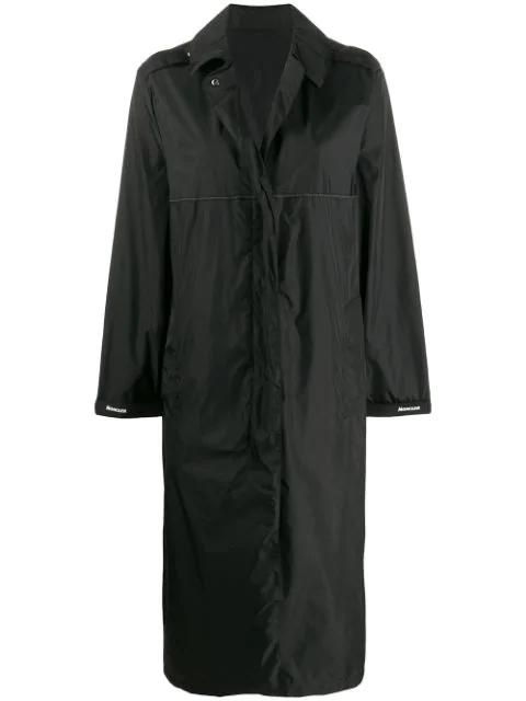 Moncler Charente Long Logo Raincoat In Black