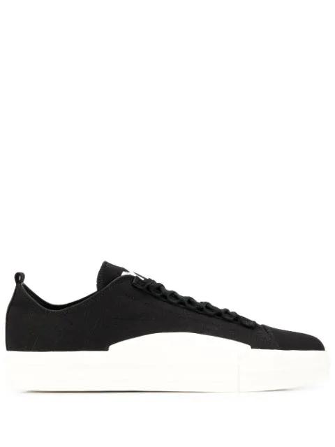 Y-3 Yuben Low-Top Sneakers In Black