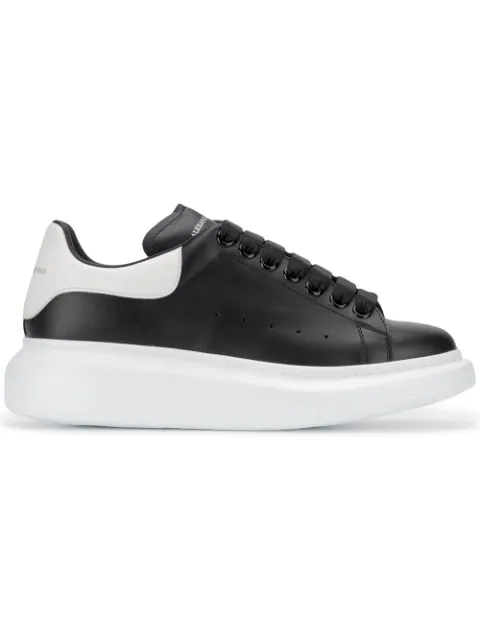Alexander Mcqueen Leather Exaggerated-Sole Sneakers In 1070 Black White