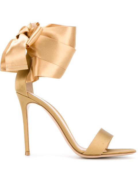 Gianvito Rossi 100Mm Bow Ankle Strap Satin Sandals In Metallic