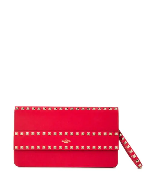 Valentino Garavani Rockstud Clutch In Red