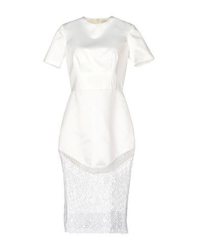 Lover Knee-length Dress In White