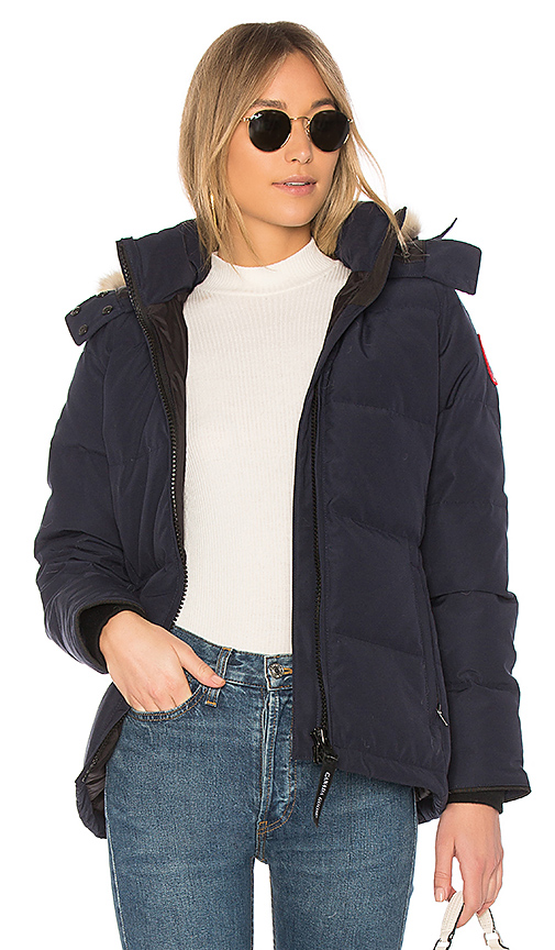 Canada Goose 'chelsea' Slim Fit Down Parka With Genuine Coyote Fur Trim In Admiral Blue
