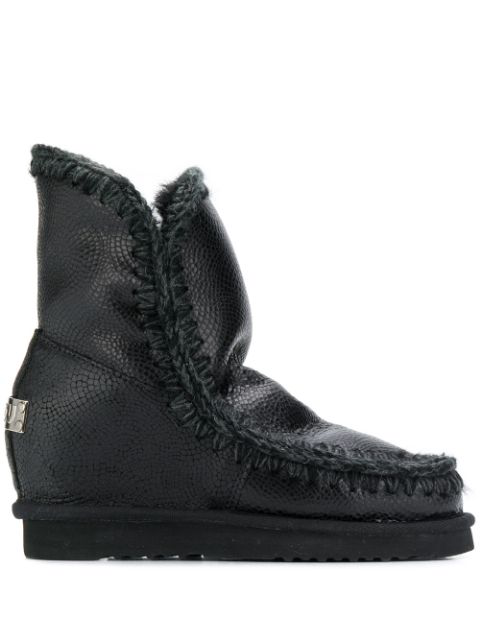 Mou Lined Slip-on Boots In Black