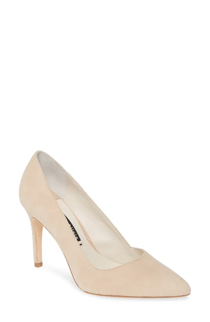 Alice And Olivia Dina Pointed Toe Pump In Nude