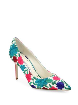 Manolo Blahnik Bb Floral-embroidered Pumps In Blue