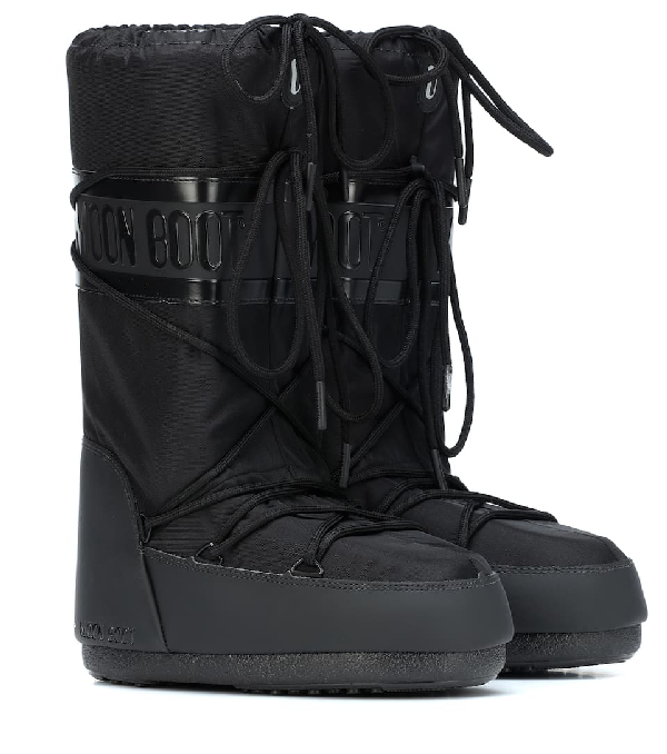 Moon Boot Exclusive To Mytheresa - Classic Plus Snow Boots In Black
