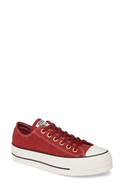 Converse Women's Chuck Taylor All Star Low Top in Red
