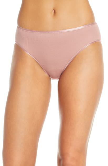 Hanro Cotton Seamless High-cut Full Briefs In Rouge
