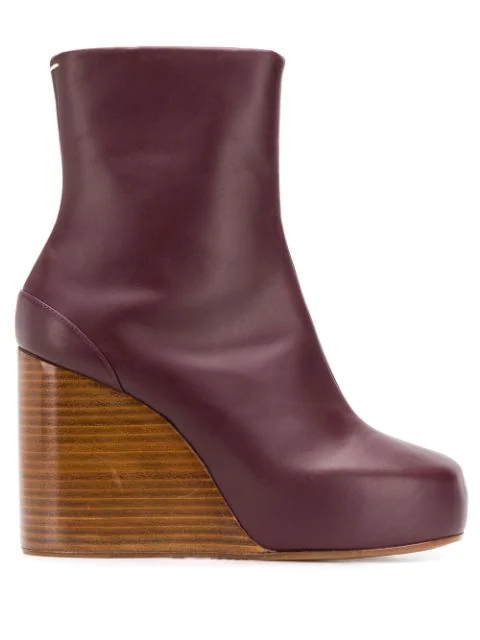 Maison Margiela Square 100 Wedge Boots In Red