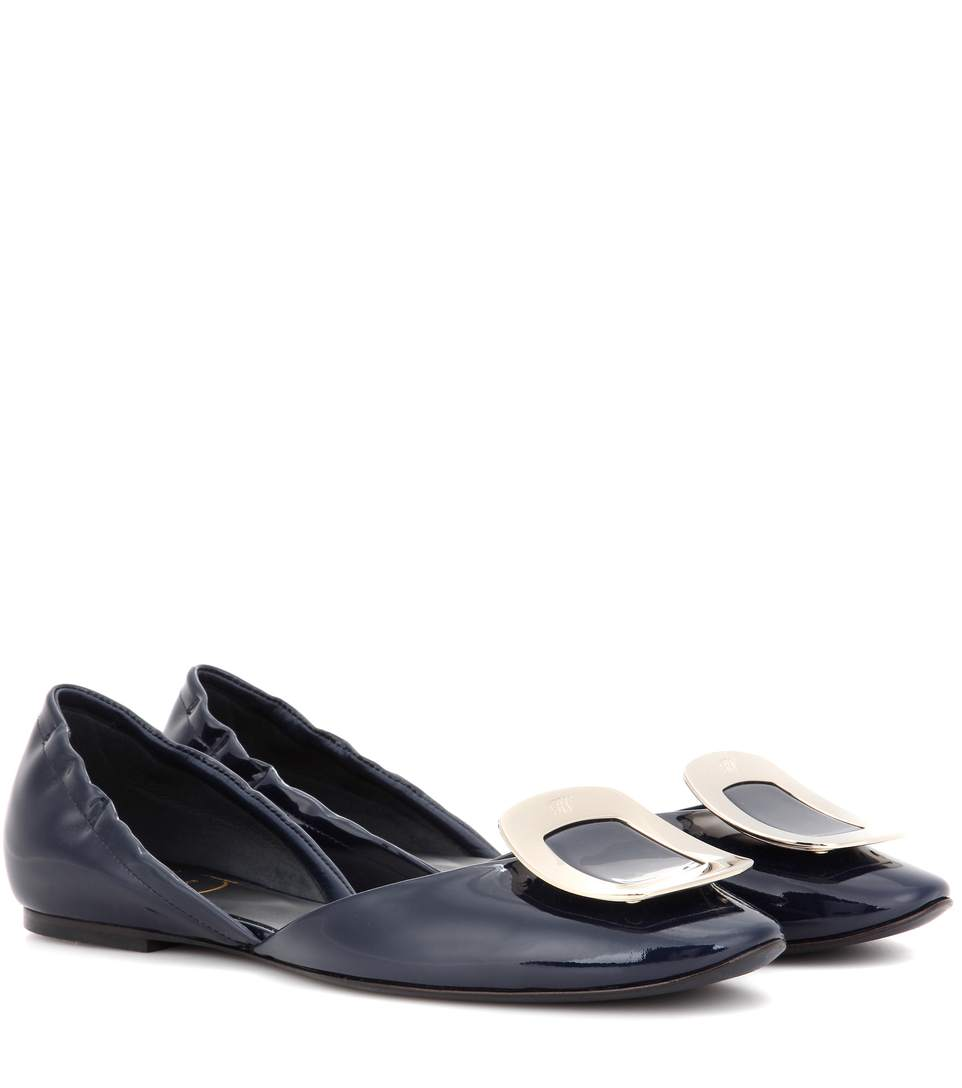 Roger Vivier Ballerine Chips Patent Leather D'Orsay Flats In Chiaro