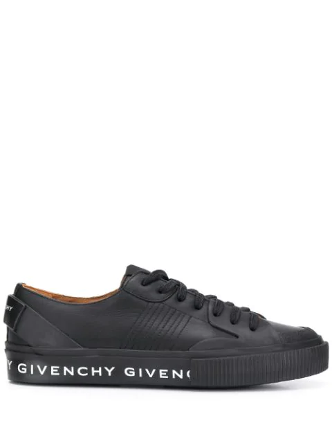 Givenchy Tennis Light Leather Low-top Sneakers In Black