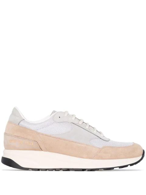 Common Projects Klassische Sneakers In Grey