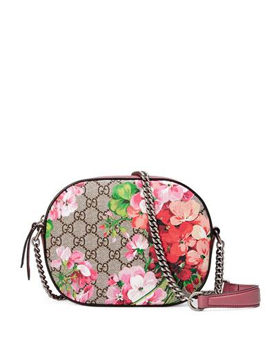 a2c1a37d41b Gucci Gg Blooms Supreme Canvas Shoulder Bag - Beige In Pink