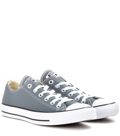 Converse Unisex Chuck Taylor All-Star Canvas Low-Top Sneakers In Admiral