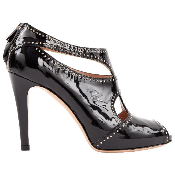 Gianvito Rossi Black Patent Leather Heels