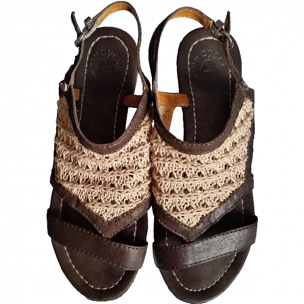 Cycle Brown Leather Sandals