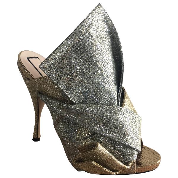 N°21 Gold Glitter Sandals