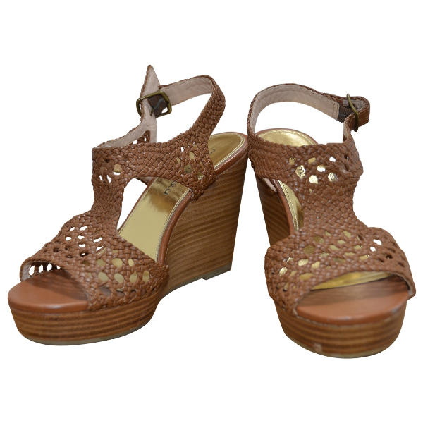 Mellow Yellow Camel Leather Sandals