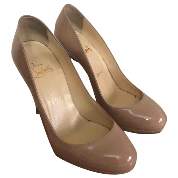 Christian Louboutin Beige Patent Leather Heels