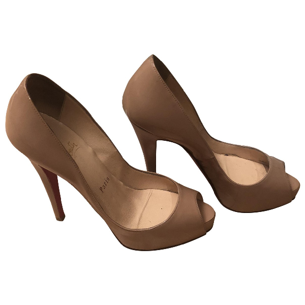 Christian Louboutin Very PrivÉ Beige Patent Leather Heels