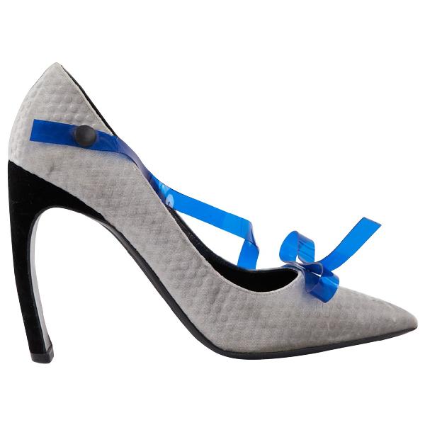 Nicholas Kirkwood Grey Velvet Heels