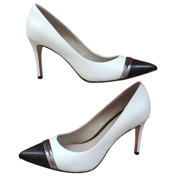 Elie Tahari White Leather Heels