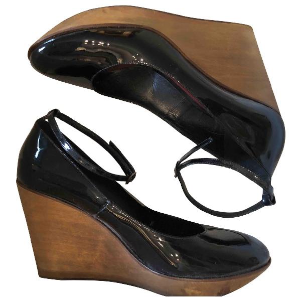 ChloÉ Black Patent Leather Sandals