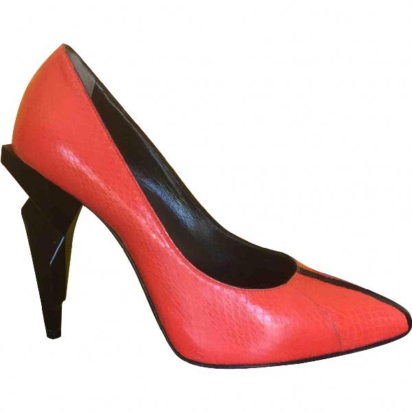 Fendi Orange Leather Heels