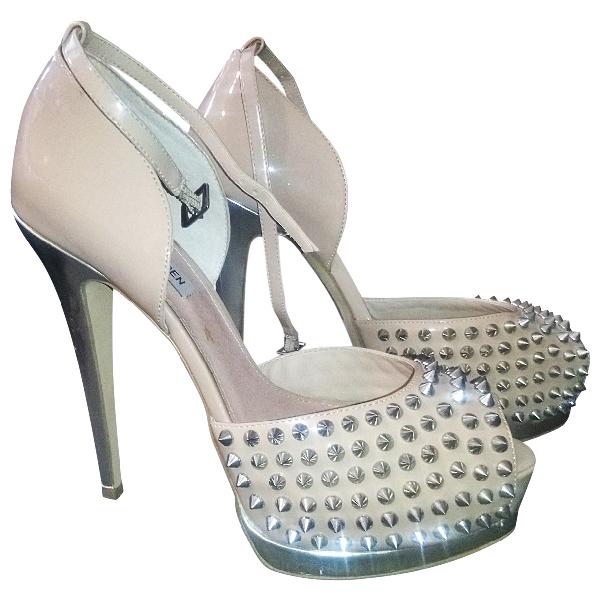 Steve Madden Beige Patent Leather Heels