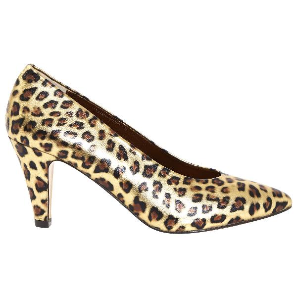 Atelier Mercadal Gold Leather Heels