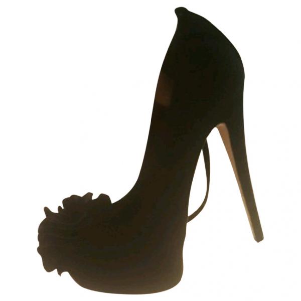 Giuseppe Zanotti Black Suede Heels