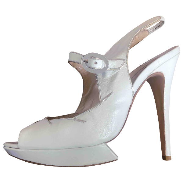 Nicholas Kirkwood White Leather Heels