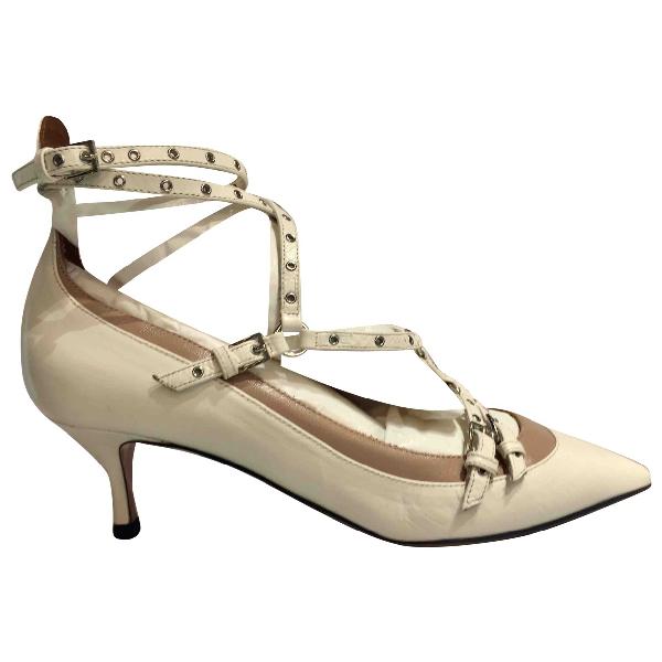 Valentino Garavani Rockstud Beige Leather Heels