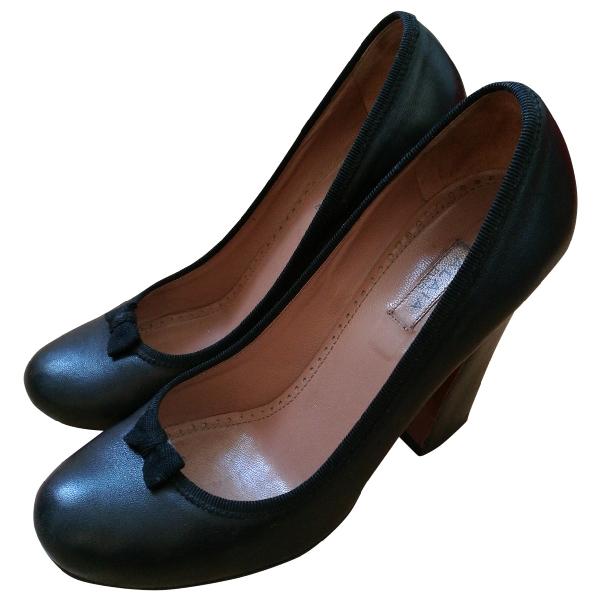 AlaÏa Black Leather Heels