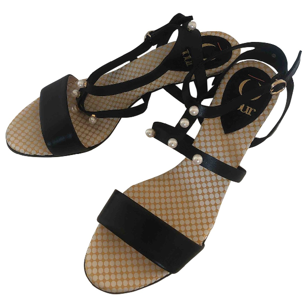 O Jour Black Leather Sandals