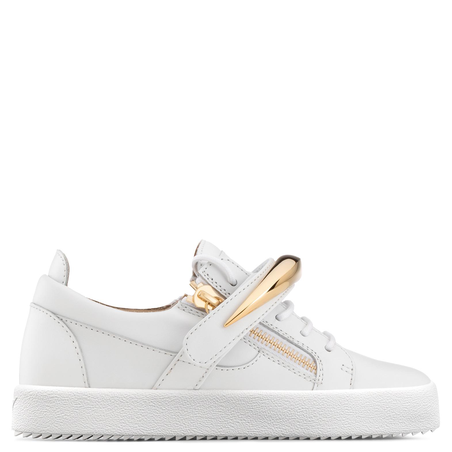 Giuseppe Zanotti - White Calfskin Low-top Sneaker With Gold Accessory Randall