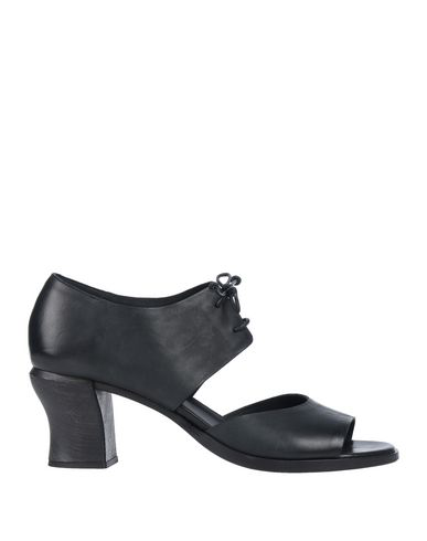 Del Carlo Pump In Black