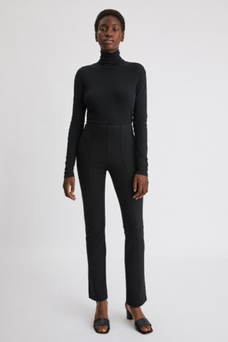 Filippa K Emma Cropped Tapered Trousers In Black
