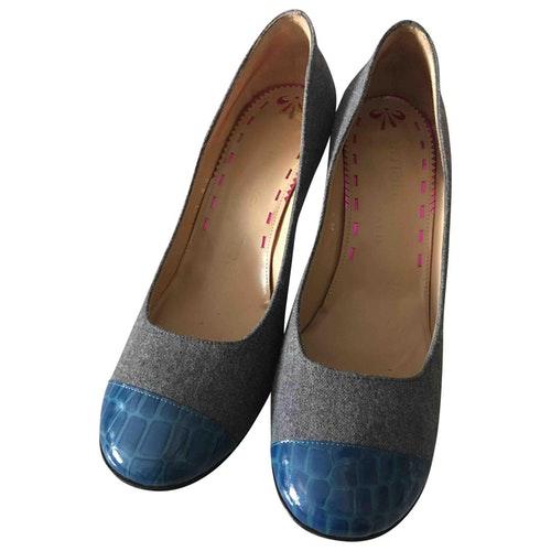 Emanuel Ungaro Grey Tweed Heels