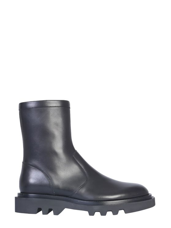 Givenchy Leather Tread-sole Combat Boots In Black