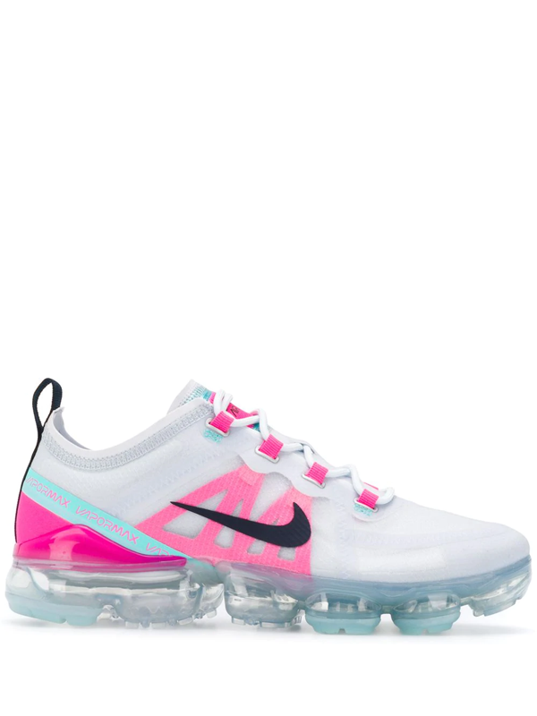 Nike Air Vapormax Low Top Trainers In White