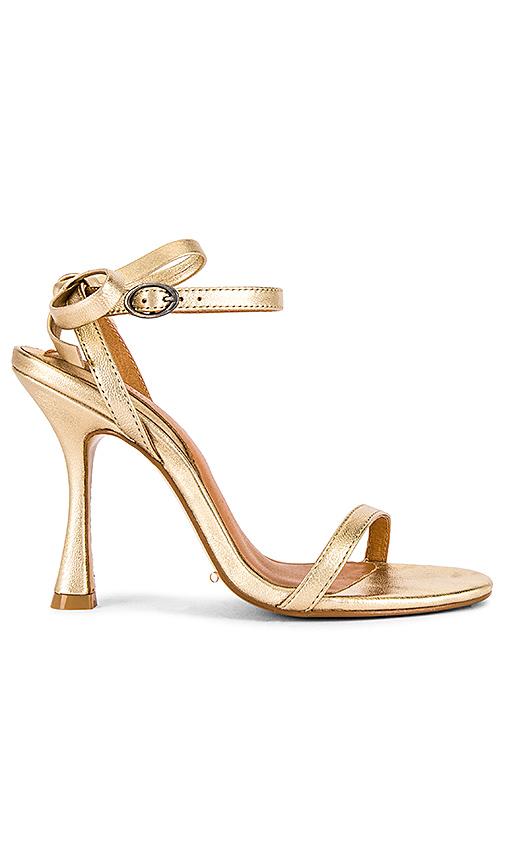 Jaggar Bow Sandal In Gold Metallic