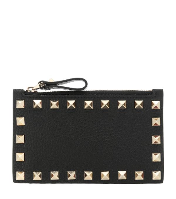 Valentino Garavani Rockstud Leather Zip Card Case In Poudre