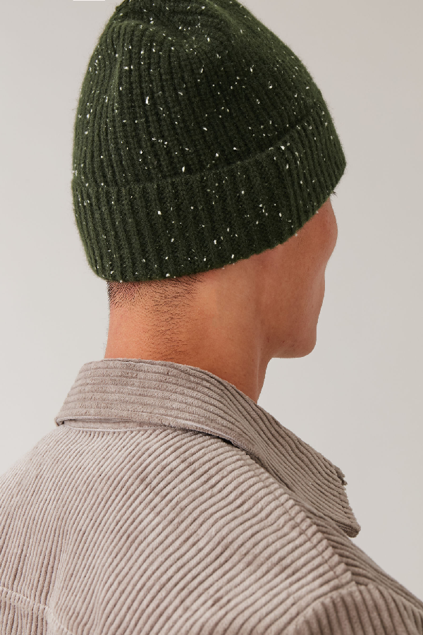 Cos Speckled Cashmere Hat In Green