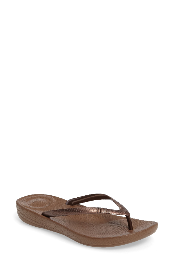 Fitflop Iqushion Flip Flop In Bronze